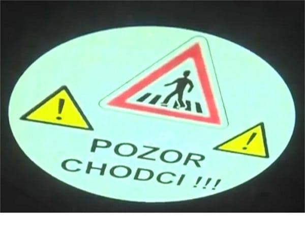Illustration de la projection de la sécurité durant le passage d'un chariot élévateur